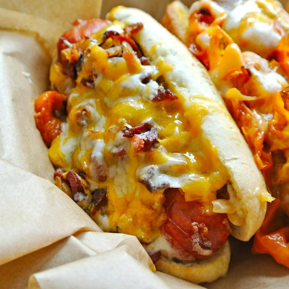 Epic Organic Hot Dogs & Sausages Reign Supreme at Underdog in the Inner Sunset