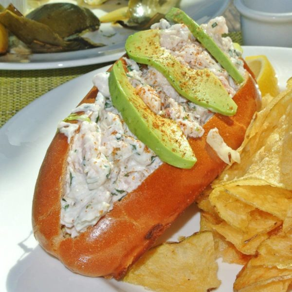 Read more about the article Seafood Serenity at Cindy's Waterfront in the Monterey Bay Aquarium