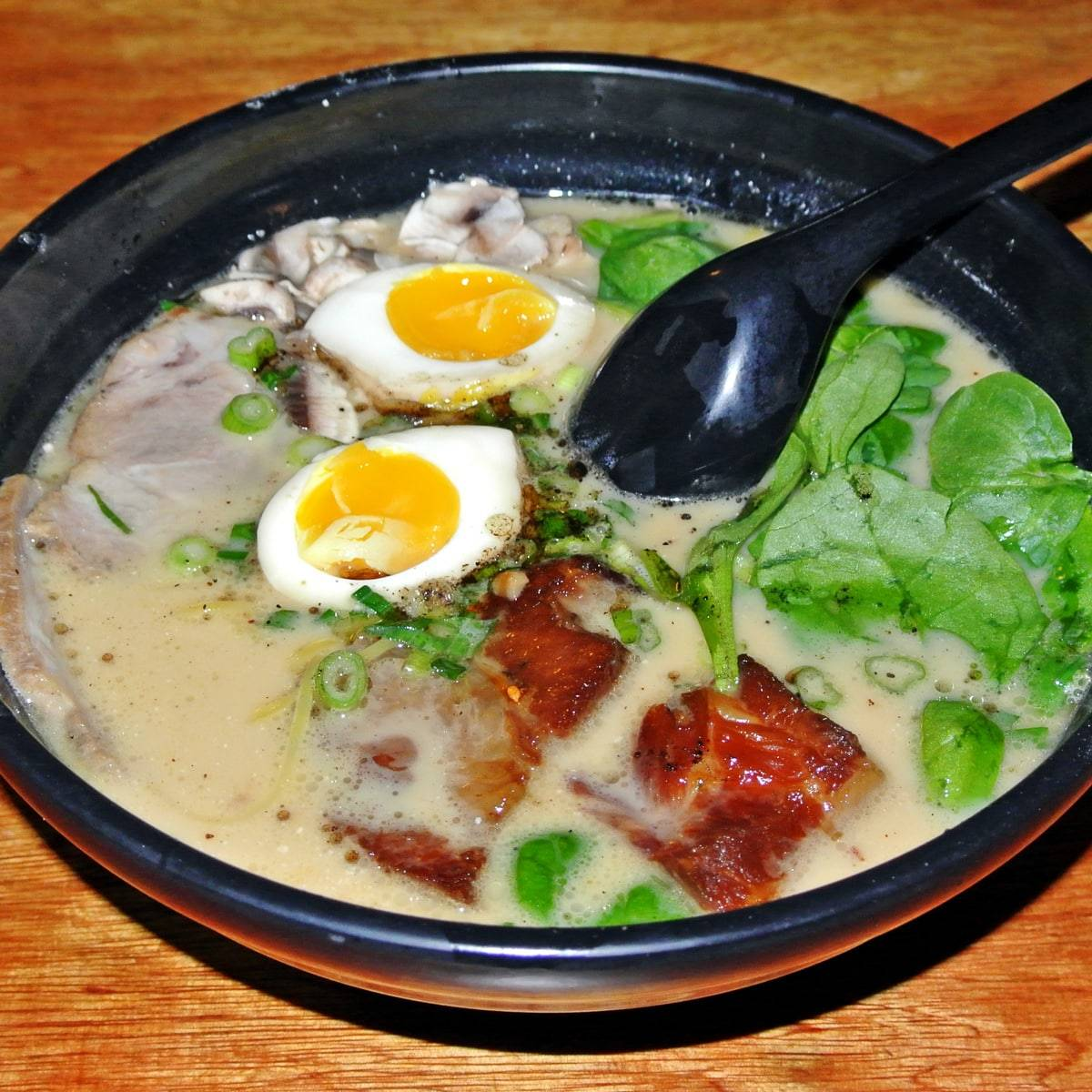 Find Rich, Porky Tonkotsu Ramen Hidden Deep in Japantown's Labyrinthine Mall